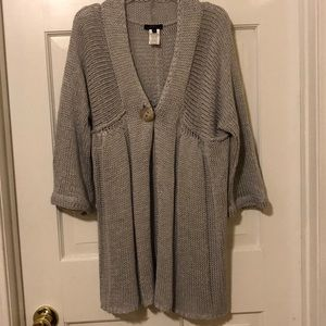 Sweaters - Cute grey / silver cardigan